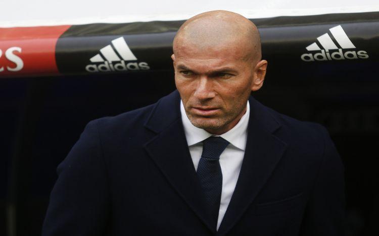 Fonds d'écran Célébrités Homme Zinedine Zidane Wallpaper N°455480