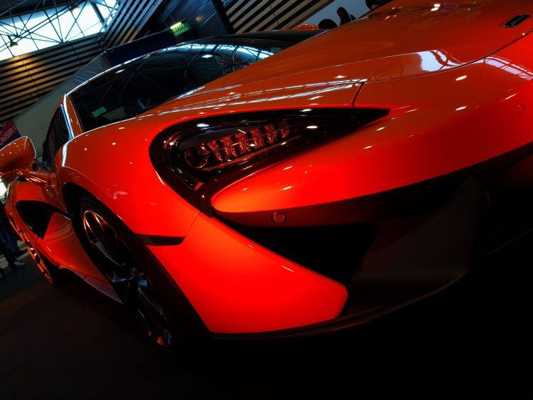 Fonds d'écran Voitures McLaren P1